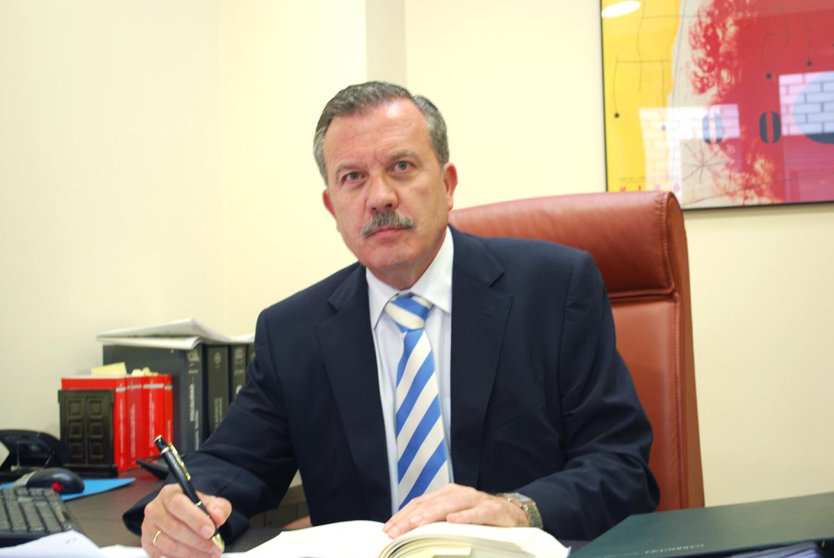 Manuel Álvarez Glez.